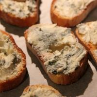 Картинки по запросу Брускетты с грушей и сыром