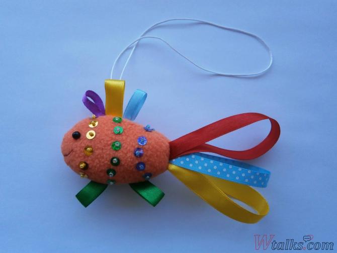 Декоративная игрушка «Золотая рыбка» шаг 11
