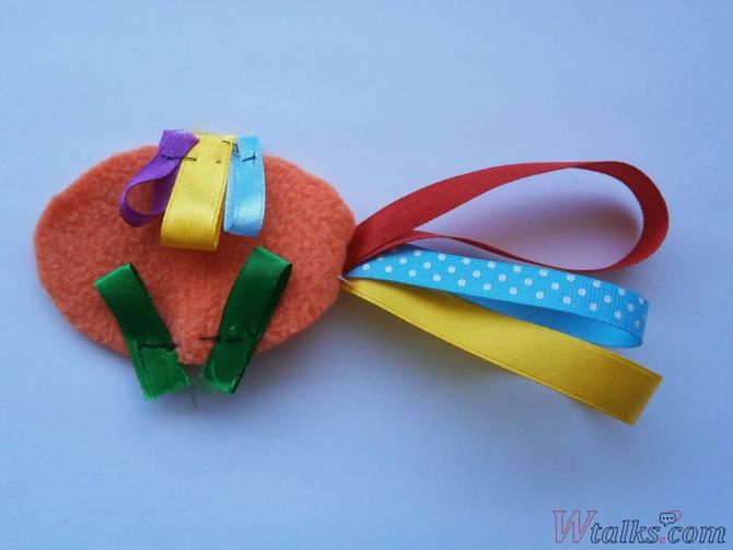 Декоративная игрушка «Золотая рыбка» шаг 3