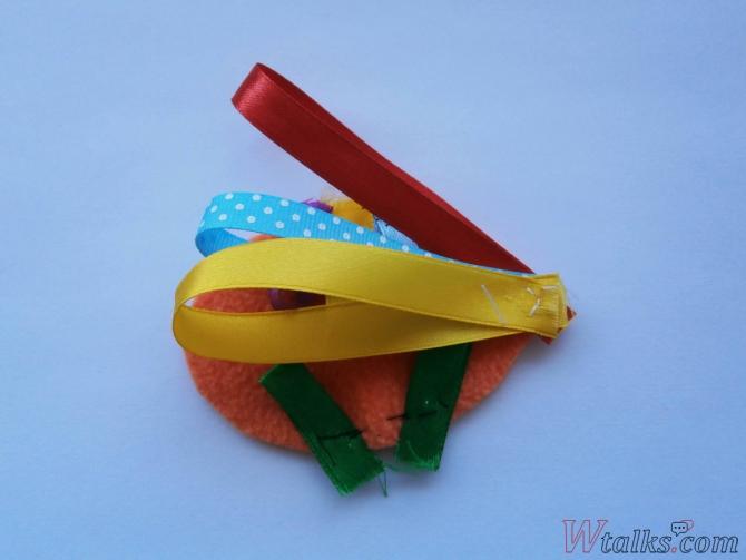 Декоративная игрушка «Золотая рыбка» шаг 4