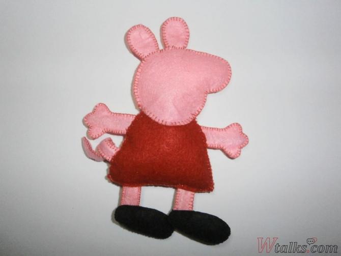 Игрушка из фетра «Свинка Пеппа» шаг 10