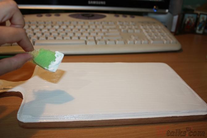 Декупаж разделочной доски своими руками - мастер-класс с фото