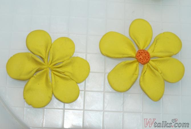 Лепка из пластилина с детьми: цветы шаг 5