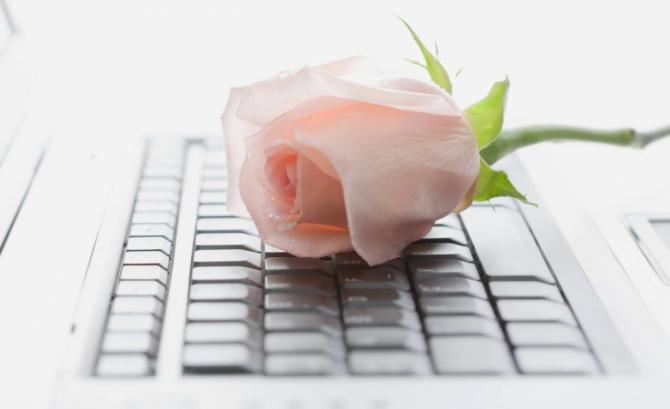 знакомство в интернете заканчивается свадьбой