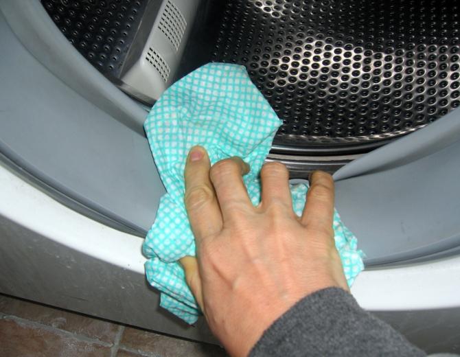 Как почистить ноги от грязи в домашних условиях
