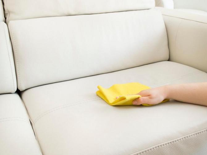 Как диван почистить своими руками 592