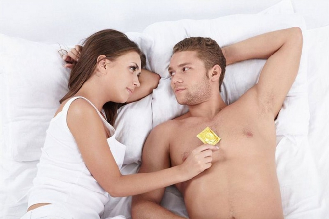Постоянный секс в презервативе