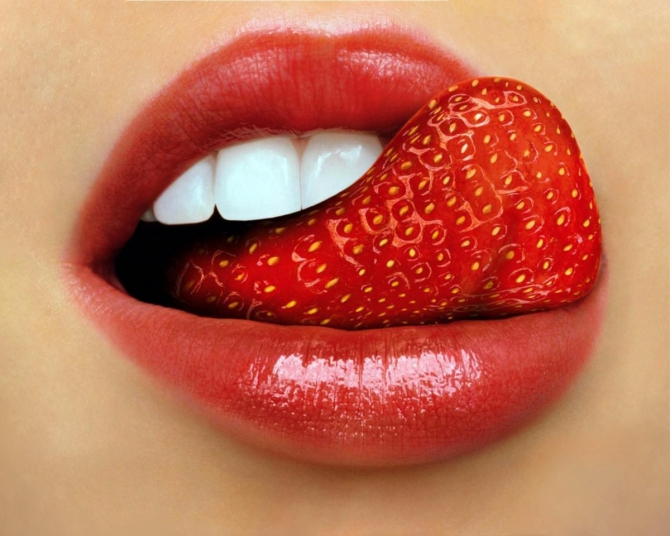 поцелуй картинки с языком