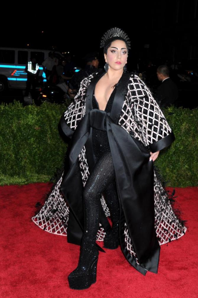 Леди Гага располнела